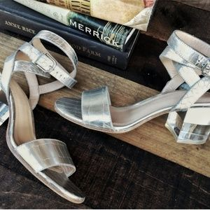 POUR LA VICTORIE Amana Leather/Lucite Heel Sandal